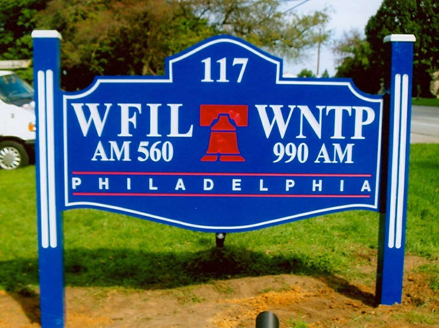 WFIL WNTP Redwood Post & Panel