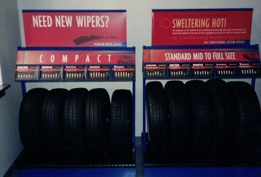 Auto body Tire Merchandiser