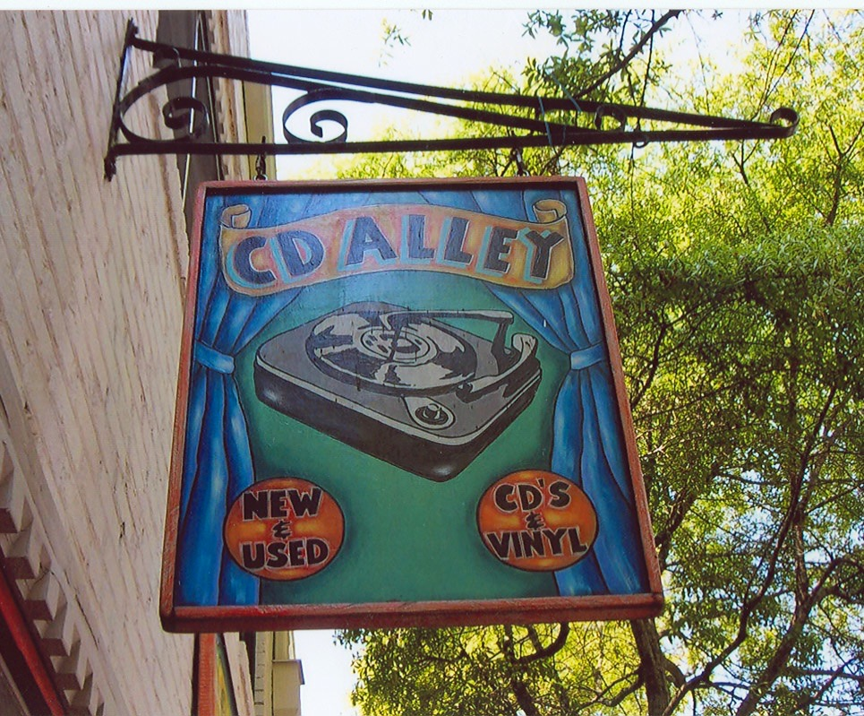 CD Alley Sign Studios