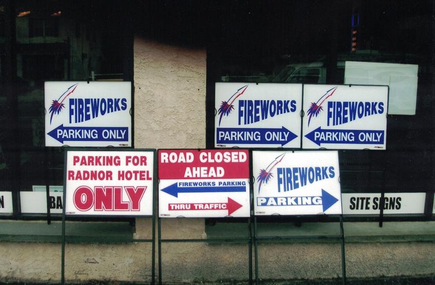 Fireworks special Sign Studios