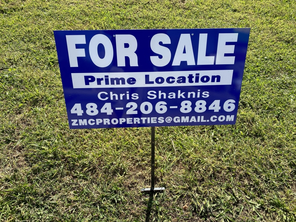 For Sale T-Stake