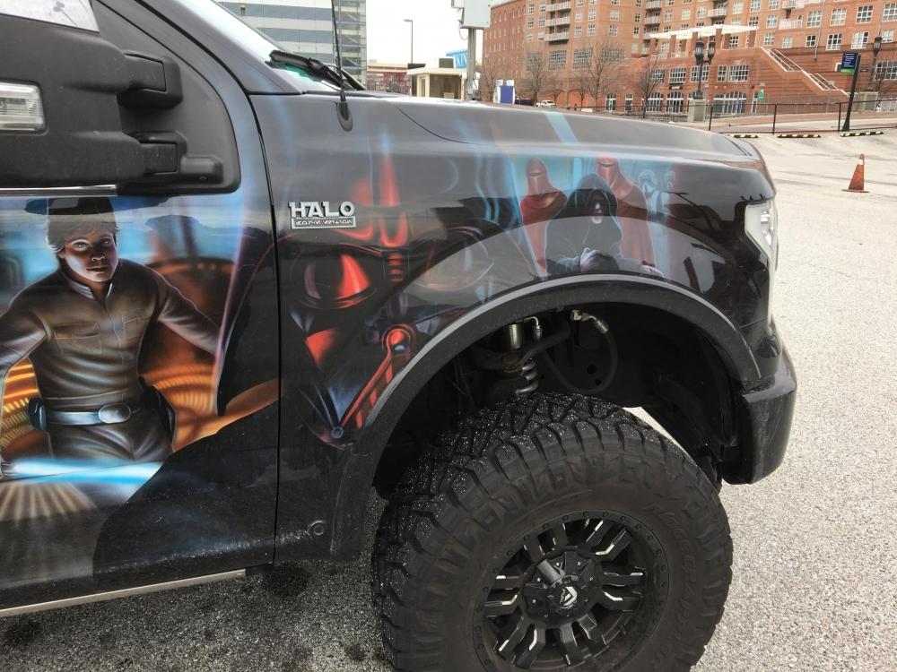 Star Wars Truck Passengers Side front