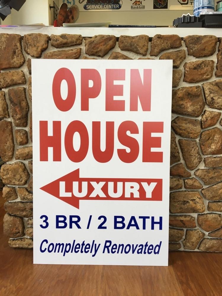 Open House Corro Sign closeup