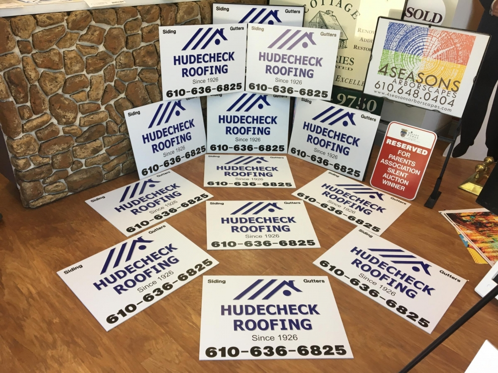 Hudecheck Roofing Signs