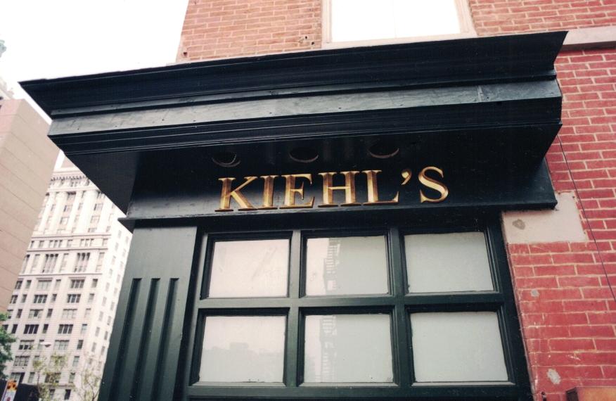Kiehl's Dimensional Lettering