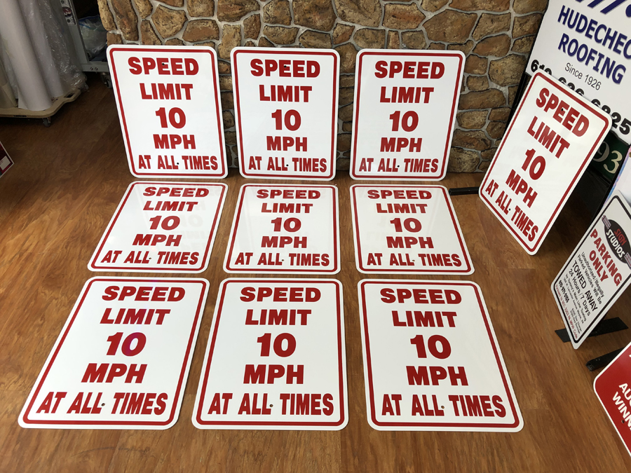 Speed Limit Safety Signs
