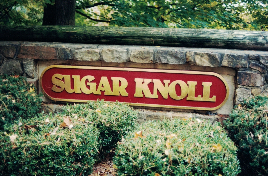 Sugar Knoll long redwood Sign Studios