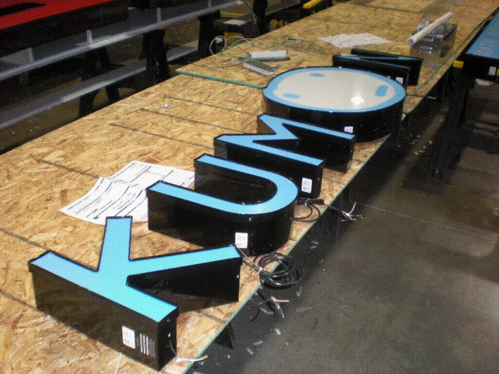 Kumon Channel Letters Pre-Install