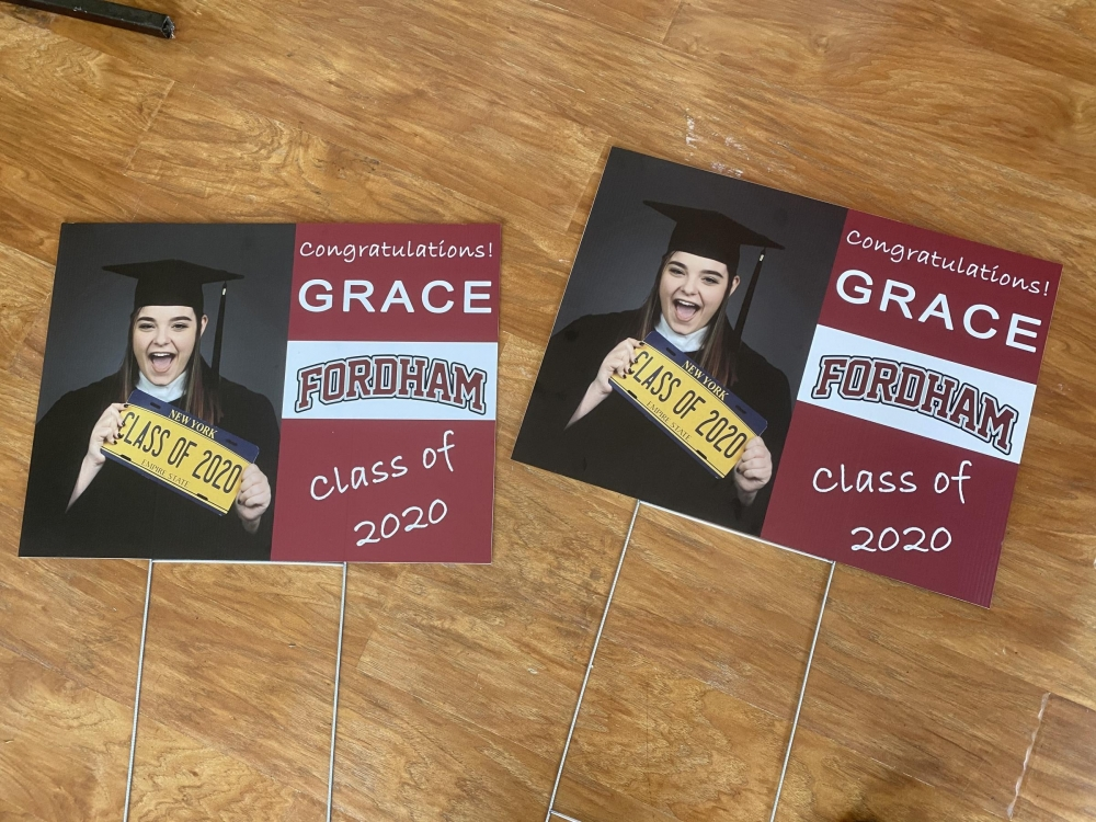 FordHam Graduation Signs on H-Stakes