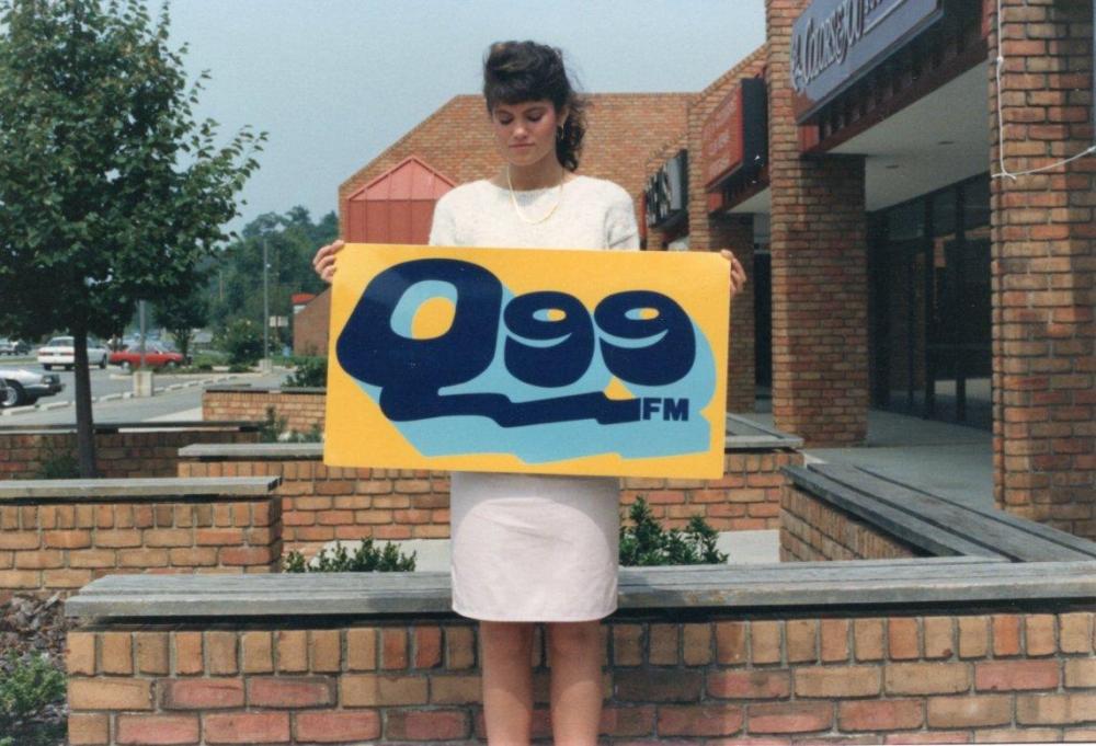 Q99 Banner