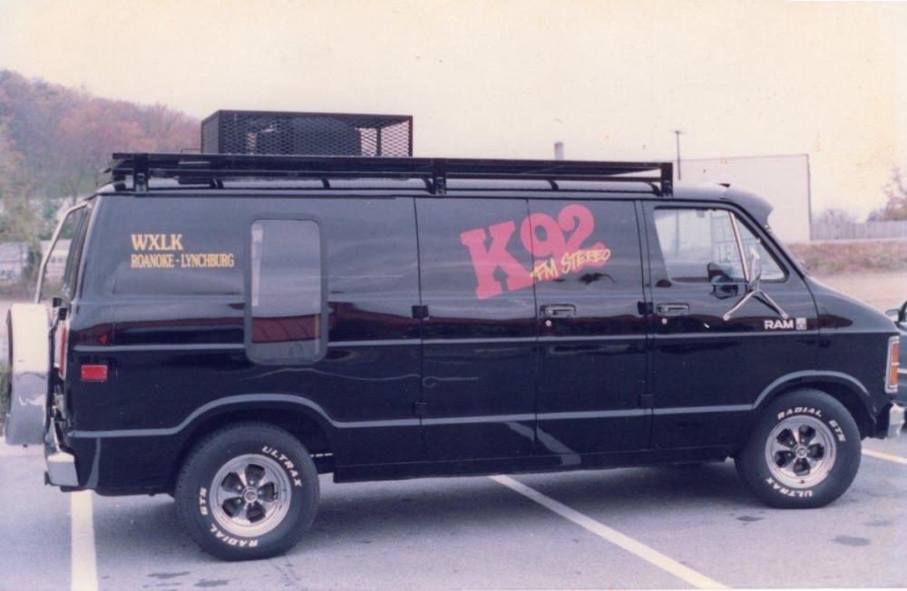 K92 FM Stereo Vehicle Lettering